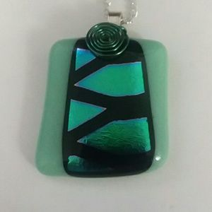 """Glass Pendant W/ 18"""" Silver Chain"""